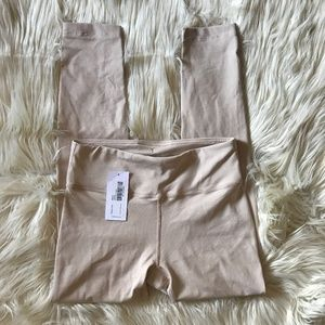 NWT Outdoor Voices Tech Sweat 3/4 Leggings Cream